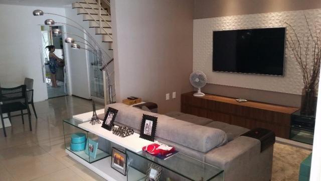 Confortável duplex, 4stes, amplos espaços de muito bom gosto. - Foto 13