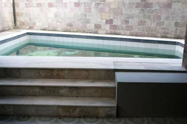 Casa em Casa Forte, 5 quartos e piscina - Foto 9