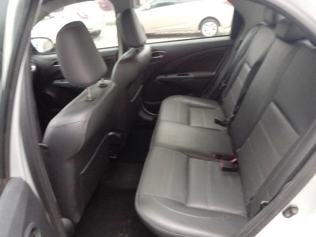 Toyota etios platinum 1.5 - Foto 11