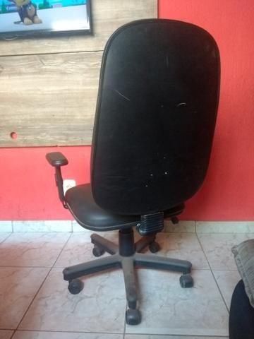 Vendo 01 cadeiras c/regulagem - Foto 2