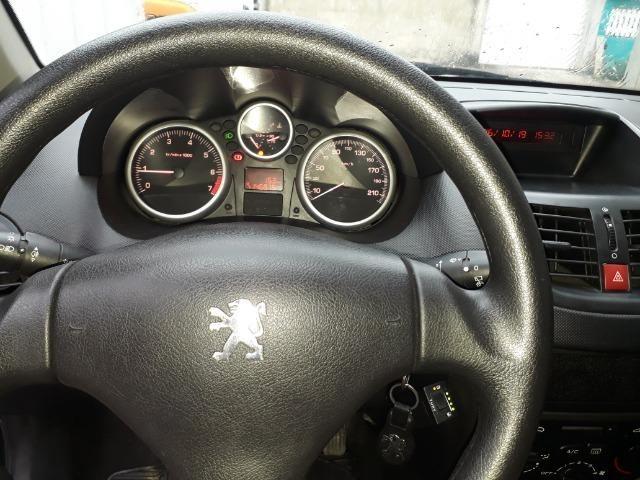 Peugeot 207 1.4 2010 completo - Foto 2