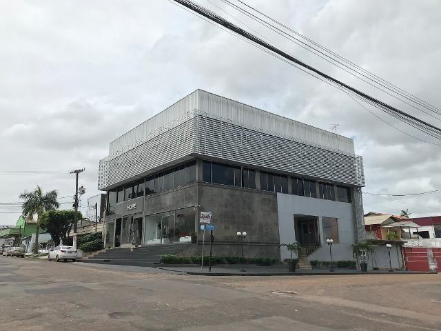 Excelente Sala/Ponto Comercial + 100 m² + No Centro de Macapá + 1? Andar