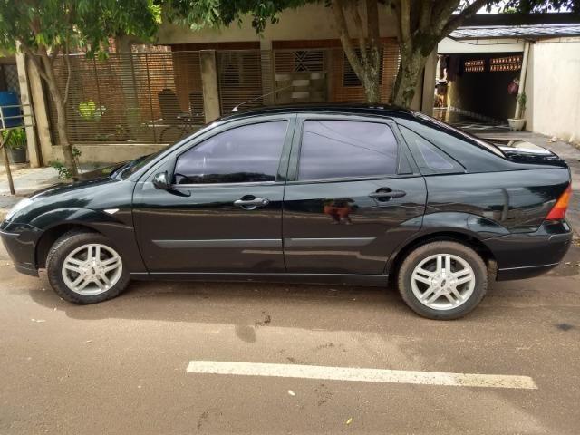 Focus Sedan - Foto 3