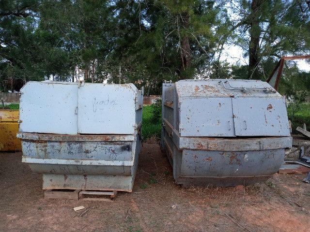 Duas Caçambas compactadoras de lixo - Foto 6