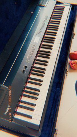 Piano Eletrônico Digital Roland FP-7 - Foto 4