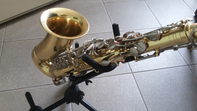 Saxfone Alto Eagle SA 500 - Foto 2