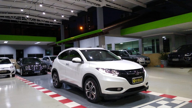 HR-V Touring 1.8 - 18/18 - Foto 5