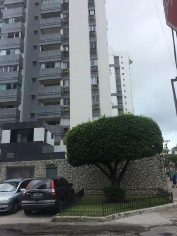 Apartamento Boa Viagem (próx. Shopping Recife) Edf. Chateau de Beaujolais - Aceito Oferta