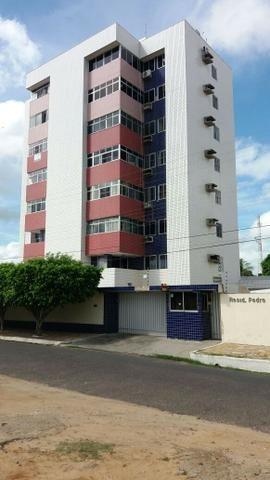 Aluga-se Apartamento no Pedro Chaves, Centro