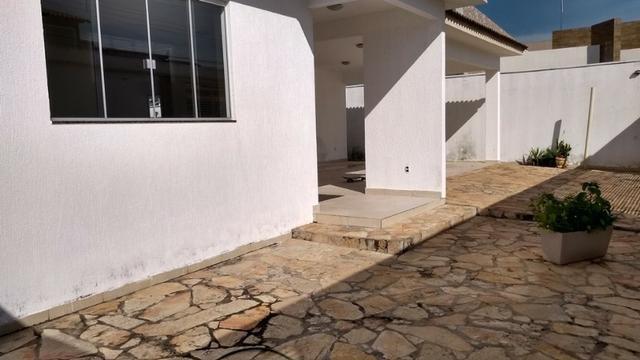 Samuel Pereira oferece: Casa Sobradinho RK 4 Suites Alto Padrão Churrasqueira Aceita troca - Foto 20