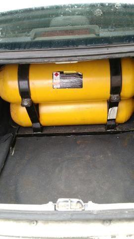 Vendo um Siena tetrafuel 2012 1.4 - Foto 10