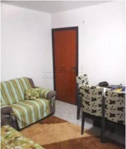 Apartamento à venda com 2 dormitórios em Parque santo antonio, Jacarei cod:V30143SA