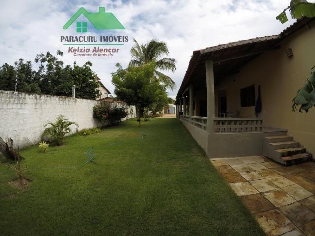Agradável casa com amplo terreno próximo à praia do kite de Paracuru
