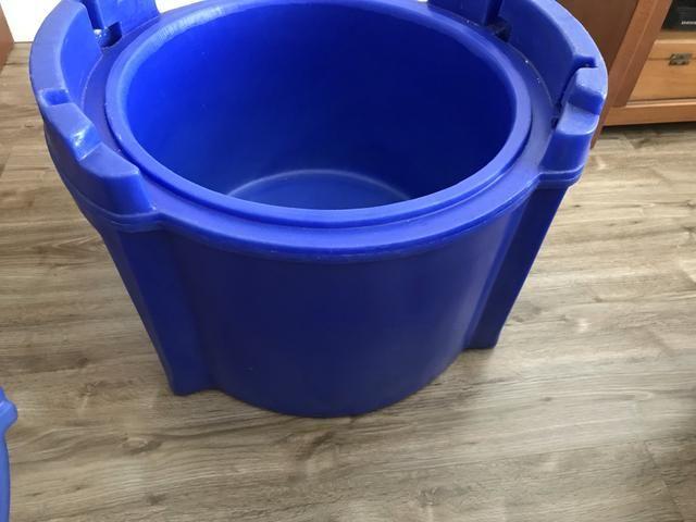 Caixa Térmica Cilíndrica 30 litros - Foto 4