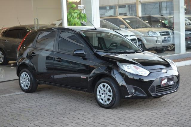 Fiesta hatch 1.6 class flex 4p manual *segundo dono*completo - Foto 2