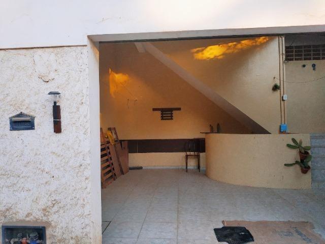 Aconchegante apartamento de dois quartos, amplo e muito bem localizado - Foto 15