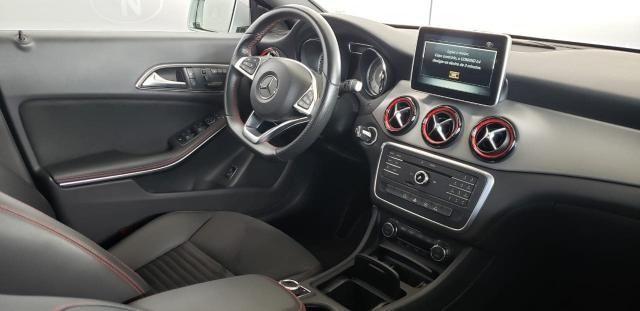 MERCEDES-BENZ CLA 250 2014/2015 2.0 SPORT 16V TURBO GASOLINA 4P AUTOMÁTICO - Foto 3
