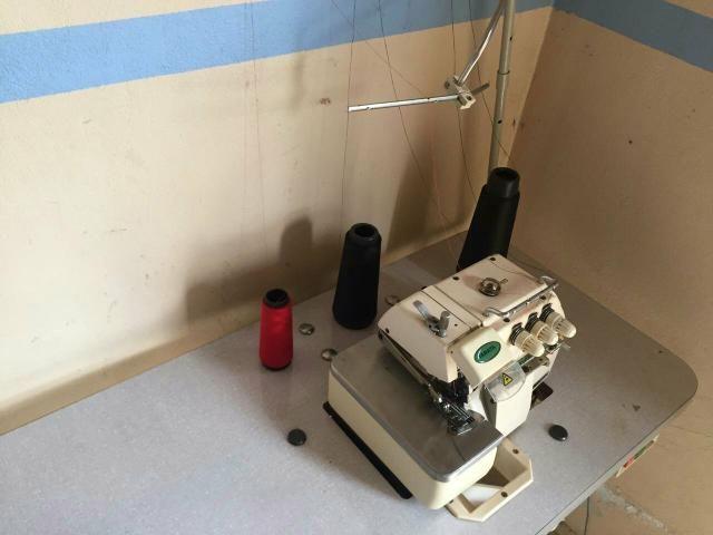Máquina de costura OVERLOOK semi-industrial - Foto 2