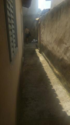 Aluguel de Barracão 3 cômodos, incluso água energia no valor do aluguel, para uma pessoa - Foto 4