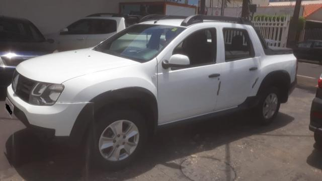Renault Duster Oroch Expression 1.6 Branco