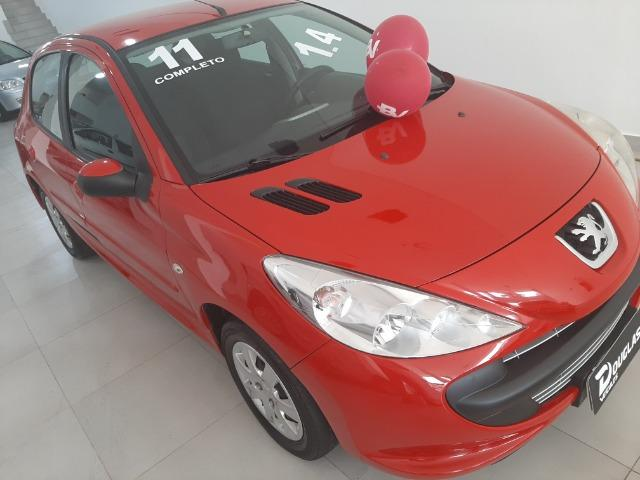 Vendo Peugeot 207 1.4 completo de tudo