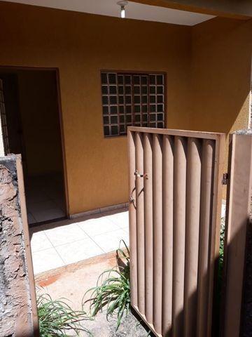 Aluga Casa em Condomínio no Pq Esplanada V - Foto 2