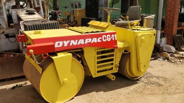 Rolo compactador vibratório Dynapac CG11 tapa buracos - Foto 2