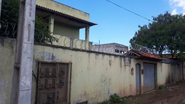 Imóvel com 10 apartamentos em terreno com 700m2, a 5min do Centro de Cabo Frio - Foto 2