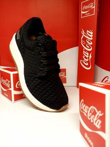 Tênis Coca-Cola Sense preto natural  - Foto 3