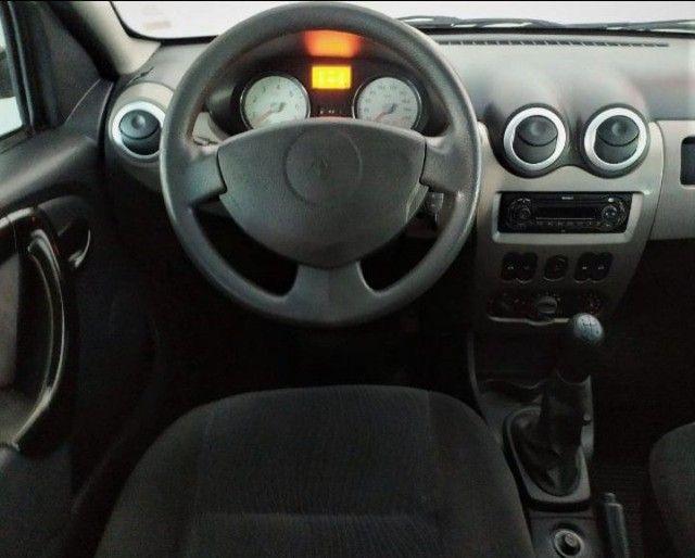 Ótimo Renault Sandero Privillege 1.6 Completo 2011 Ac Trocas - Foto 9