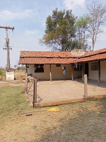 Chácara 20mil m2, 2 Casas Simples, 2 Dormitórios, Pasto, Lago com Peixes, Chiqueiro, Ranch - Foto 11