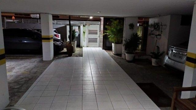 Apartamento com 03 quartos, piscina e varanda - Foto 15