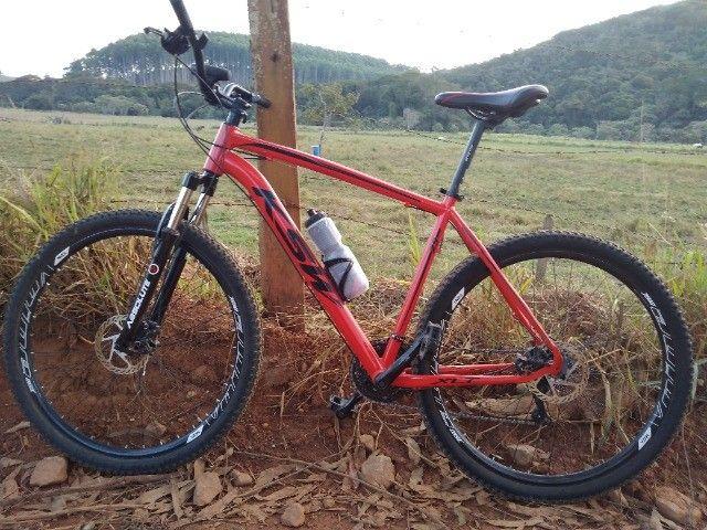 Bike KSW aro 29, quadro 21. - Foto 4