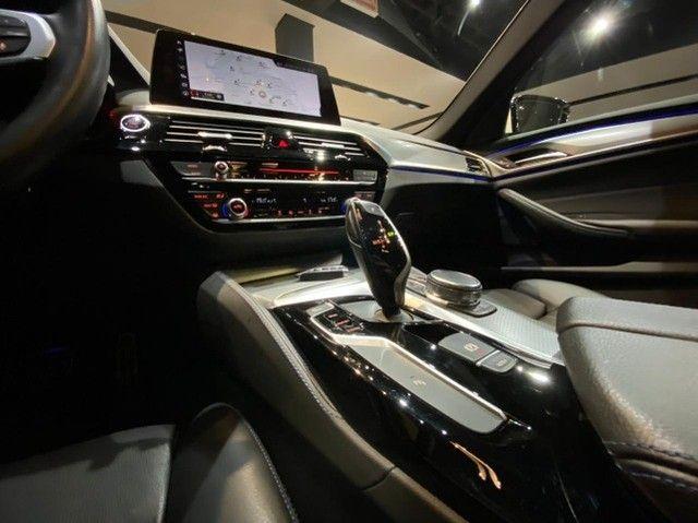 BMW 530i M Sport 2.0 Turbo 2018 - Foto 19