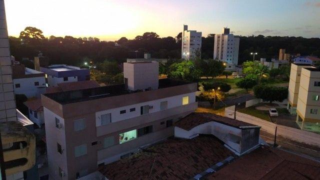 Apartamento com 03 quartos, piscina e varanda - Foto 2