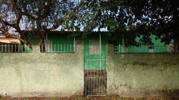 Casa Areal - bem localizada