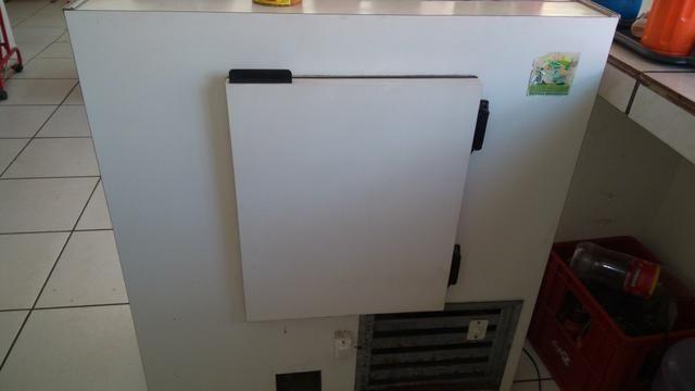 Freezer vitrine