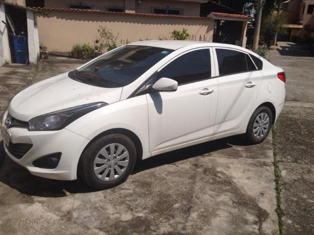 Hyundai Hb20s 1.6 manual 2013