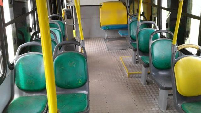 Micro onibus em perfeito estado - Foto 6