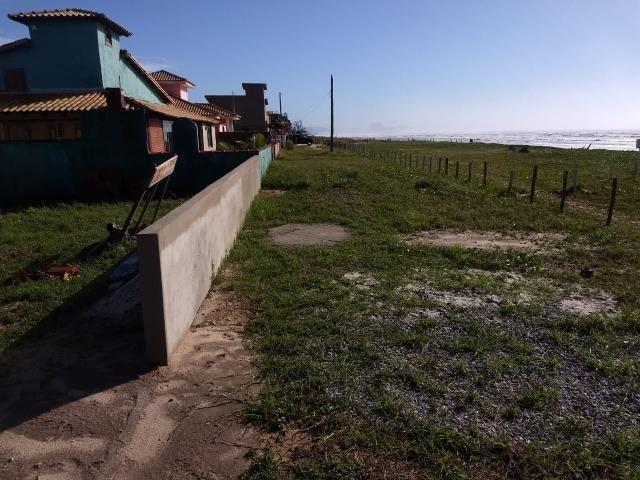 Lz-Terreno no Condomínio Verão Vermelho em Unamar- Tamoios-Cabo Frio - Foto 2