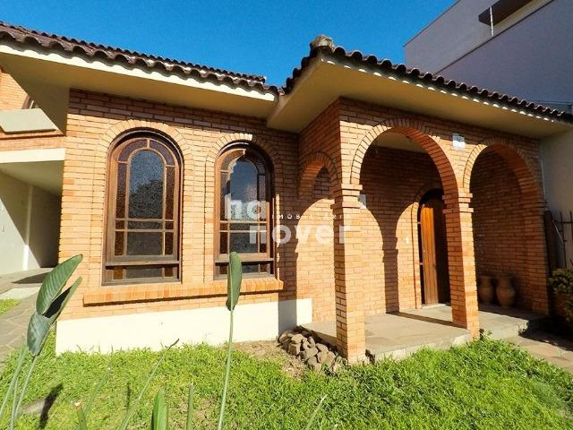 Casa 3 Dorm (2 Suítes), Sacada, Terraço, Pátio, Garagem - Bairro Medianeira