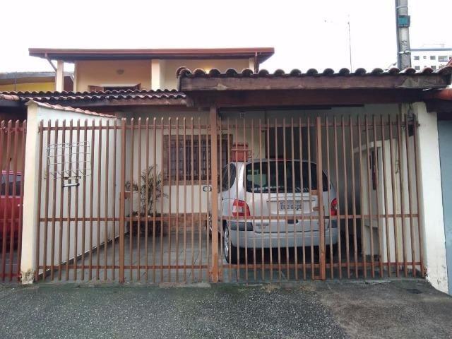Sobrado 3 dormitórios 1 suíte, Jardim das Industrias, preço baixo garantido!