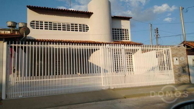 Casa de 4 quartos à venda no Guará 2
