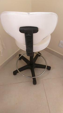 Cadeira de estética - Foto 2