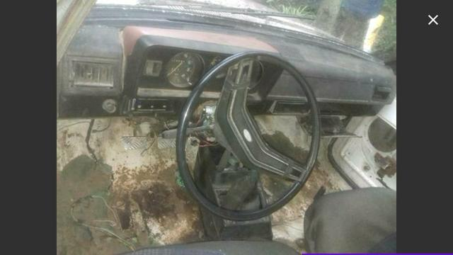 Ford Belina 1980 para peças tem motor - Foto 2