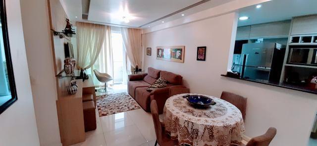 Apartamento (Tijuca) Lindo Varandinha 2quartos Suíte Cozinha Americana Vaga Escriturada - Foto 3