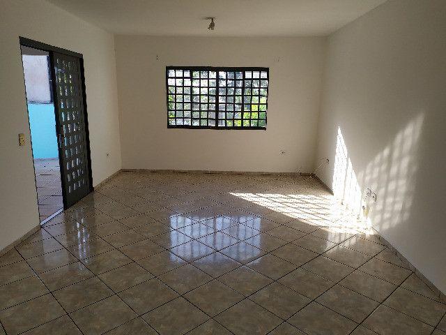 Casa com 1 suíte, 2 quartos - Foto 4