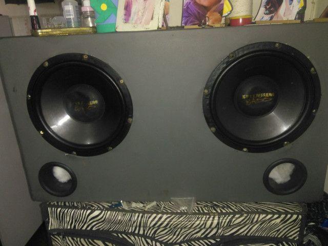 Caixa de som alto motiva muito nova - Foto 3