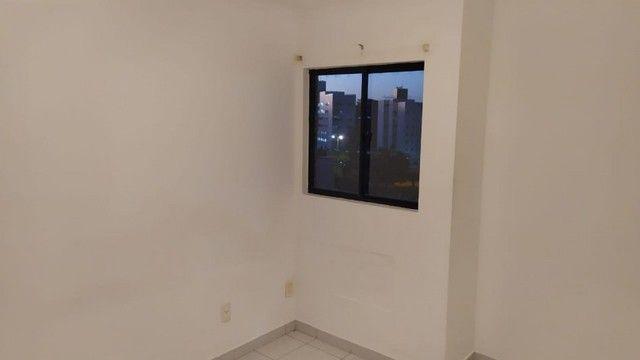 Apartamento com 03 quartos, piscina e varanda - Foto 7