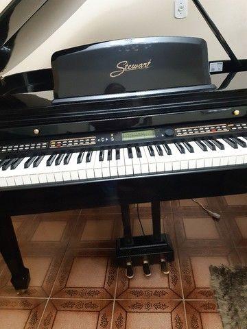 Piano 1/4 de calda ,eletrônico valor 22.500 - Foto 6